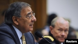 U.S. -- Defense Secretary Leon Panetta (L) testifies before the House Armed Services Committee on Capitol Hill in Washington, DC, 13Oct2011