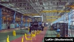Один з цехів Харківського тракторного заводу, фото архівне