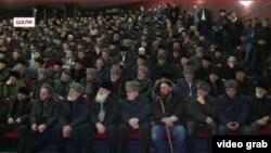 Чечня, Шали, сход граждан города