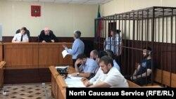 Избрание меры пресечения журналисту Абдулмумину Гаджиеву. Махачкала, 16 июня 2019