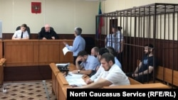 Избрание меры пресечения журналисту Абдулмумину Гаджиеву. Махачкала, 16 июня 2019 г.