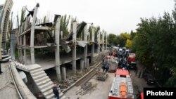 Обвалившееся недостроенное здание по адресу Ханджяна 20