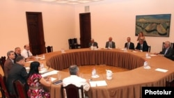 Armenia - Representatives of the governing coalition and the opposition Armenian National Congress hold a third round of negotiations, 4Aug2011.