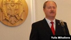 Ministrul Marcel Răducan