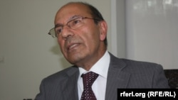 رهین: برای غالب شدن در جنگ با تروریزم باید کشورهای تروریست پرور تحت فشار قرار گیرند.