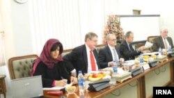 مذاکرهکنندگان هستهای در تهران. روز شنبه ۸ فوریه ۲۰۱۴.