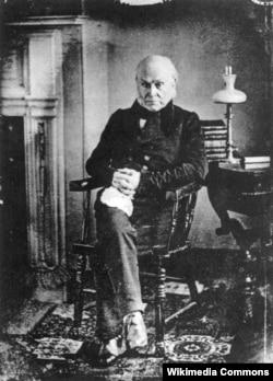 Джон Квинси Адамс – первый президент, запечатленный на дагерротипе. Снимок сделан в 1843 году Филипом Хаасом. Оригинал утрачен