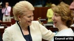 Президент Литви Даля Ґрібаускайте і верховний представник ЄС із закордонних справ та безпекової політики Катрін Аштон