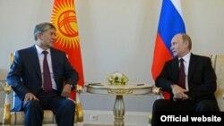 Vladimir Putin və Almazbek Atambaev
