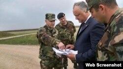 Igor Dodon la baza militară de la Bulboaca