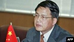 جيانگ يو، سخنگوی وزارت امور خارجه چين در يک کتفرانس خبری گفت: «ما اميدواريم ايران همکاری خود را با آژانس بيشتر کند و به طور جدی به تعهداتش پايبند بماند.»