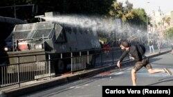 Протесты в столице Чили Сантьяго. 19 октября 2019