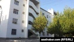 Ýaşaýyş jaý, Aşgabat.
