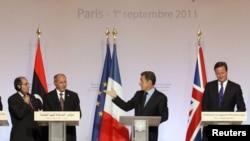 Париж анжумани қатнашчилари, 2011 йил 1 сентябр