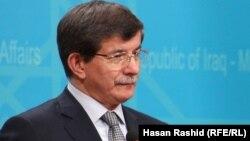 Турскиот министер за надворешни работи Ахмет Давутоглу