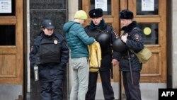 Московские полицейские.