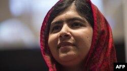 Малала Юсуфзай, әйелдер құқығы үшін күресіп жүрген пәкістандық белсенді