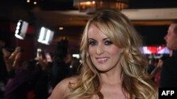 Американская порноактриса Сторми Дэниелс.