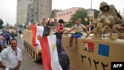 Во Каиро се слави соборувањето на Морси
