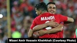 Иранские футболисты после победы над сборной ОАЭ, Тегеран. Иллюстративное фото.