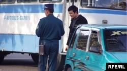Ўзбекистонда мелисанинг нархи 200 сўм¸ дер экан тўйтепалик Аҳмаджон ака¸ бундай дейишига сабаб воқеани ҳикоя қилади.