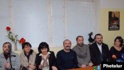 Пресс-конференция редакторов СМИ, выступающих за освобождение Никола Пашиняна. Ереван, 18 ноября 2010 г.
