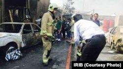 در آتش سوزی کارخانه «رنگ کمال» در جاده مخصوص کرج-تهران یک نفر کشته و دستکم ۳۹ نفر مجروح شدند