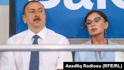 Azerbaýjanyň prezidenti Ylham Alyýew we onuň aýaly Mihriban Alyýewa