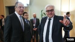 Sergei Lavrov və Frank-Walter Steinmeier