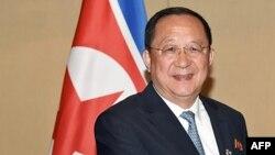 Министр иностранных дел Северной Кореи Ри Йонг Хо.