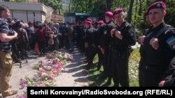 Українські силовики біля Куликового поля. Одеса, 2 травня 2016 року
