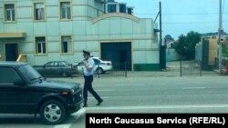 Полицейский в Чечне. Иллюстрационное фото