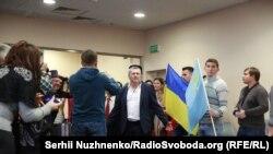 Как в Киеве встречали освобожденных Чийгоза и Умерова (фотогалерея)
