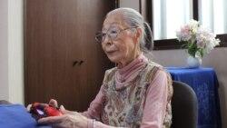 Баба гејмерка со 300 илјади следбеници