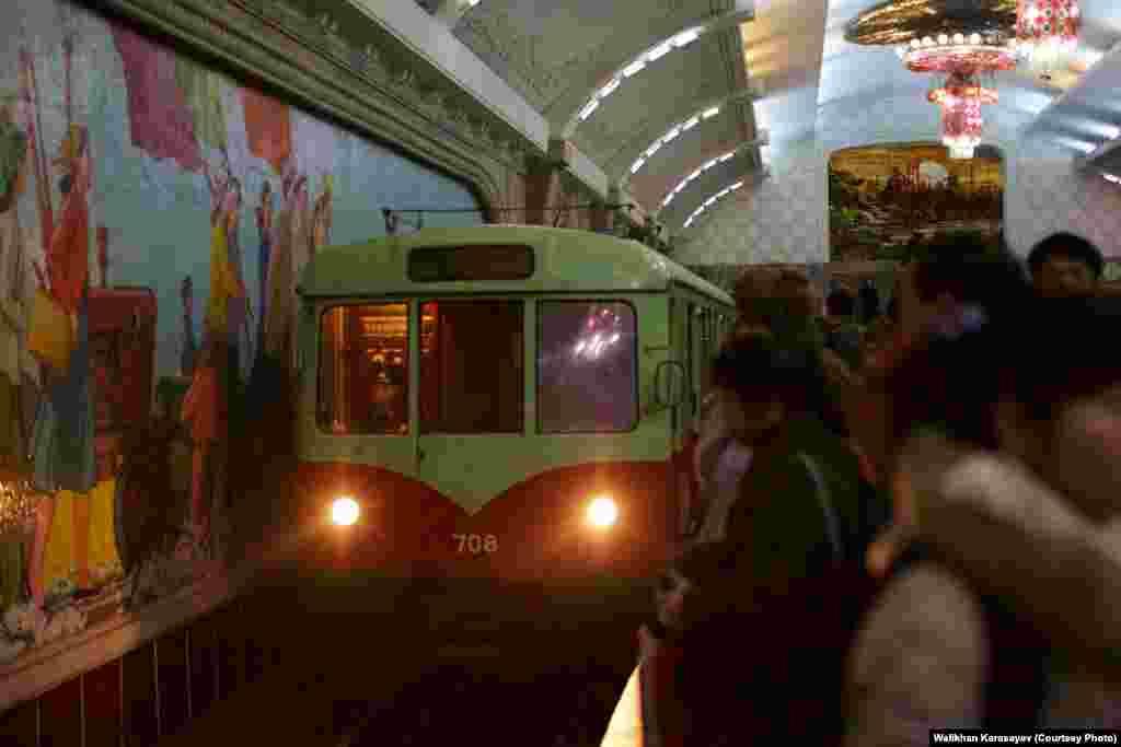 В пхеньянском метро.