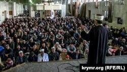 Святковий намаз на честь свята Курбан-байрам, архівне фото