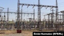 """""""Электр Станциялар"""" ишканасынын маалыматында, коңшу өлкөдөн 1 миллиард кВт. саат электр энергиясын сатып алуу боюнча сүйлөшүү жүрүп жатат."""