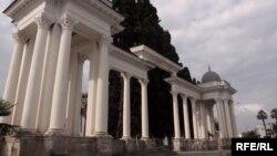 9-10 июля в Сухуме состоялось немало спортивных и культурных мероприятий, посвященных его 2500-летию. День города теперь будет отмечаться в столице Абхазии в каждом июле.