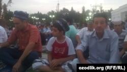 В Узбекистане детям запретили посещать мечети не только в дни праздничных молитв, но и во время пятничных богослужений мусульман.
