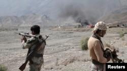 Прикордонники спостерігають за нападом талібів на базу США