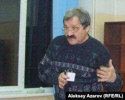 Олег Лютерович, ведущий экскурсовод города Алматы.