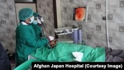 بیمار ویروس کرونا در شفاخانه افغان جاپان در کابل