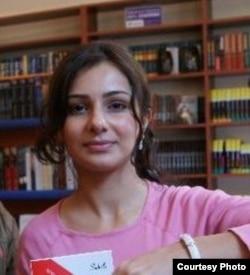 Yazıçı Nərmin Kamal