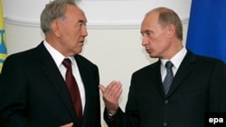 Президент Казахстана Нурсултан Назарбаев и президент России Владимир Путин.