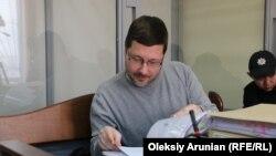 Станіслав Єжов у залі Голосіївського райсуду Києва, 5 квітня 2019 року