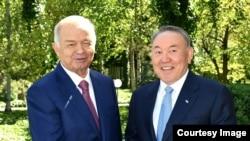 Президент Казахстана Нурсултан Назарбаев ипрезидент Узбекистана Ислам Каримов. Ташкент, 14 апреля 2016 года.
