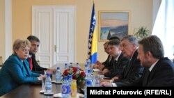 Konsultacije u Predsjedništvu BiH, na fotografiji članovi Predsjedništva i predstavnici SNSD-a, 2. juni 2011