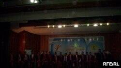 حفل التخرج لطلبة جامعات ومعاهد بغداد أقامته رابطة الطلبة والشباب العراقية، 25 تموز 2009