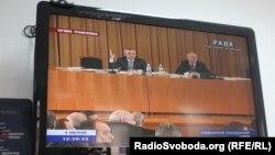 «Виїзне засідання» депутатів більшості, 4 квітня 2013 року