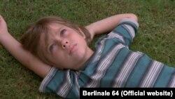 تصویری از فیلم پسربچگی